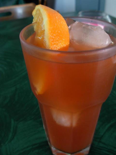 Ice Tea Oasis style--- no caffeine