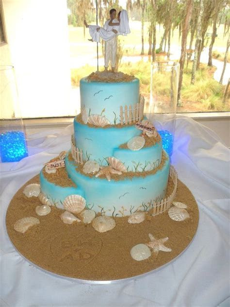 Best 25  Beach themed wedding cakes ideas on Pinterest