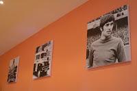George Best = Belfast; Evening Standard Van != Belfast