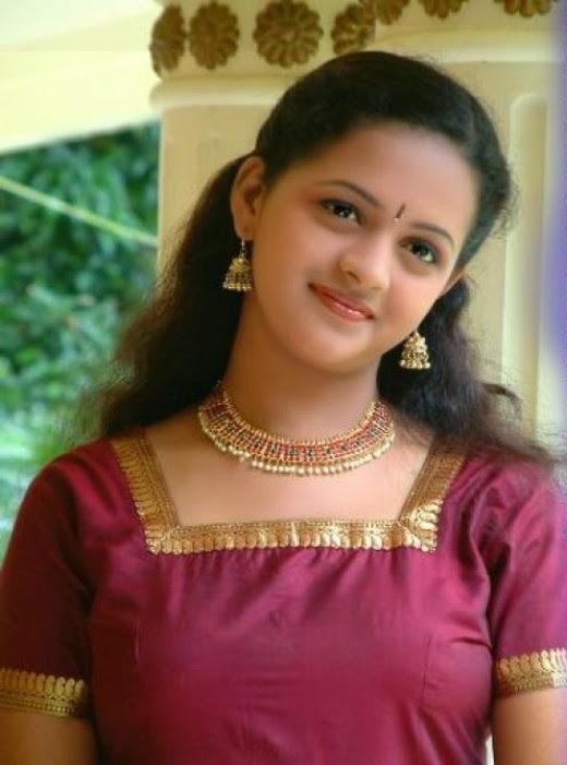 Hot And Sexy Actress Bhavana Cute Photos