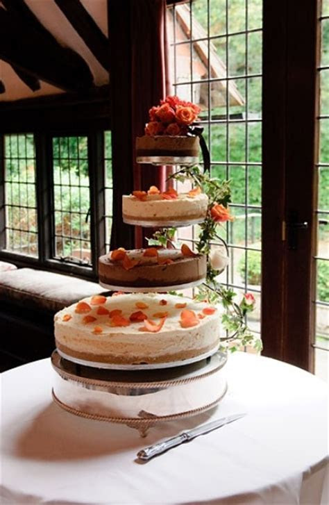 50 Yummy And Trendy Wedding Cheesecakes   Weddingomania