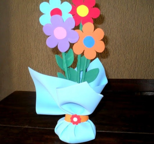 Resultado de imagem para Como Fazer Peso de Porta de Flor