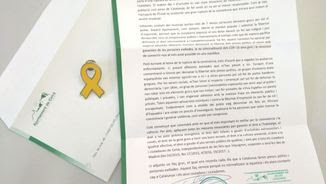 La carta i el llaç groc que l'alcalde de Celrà ha enviat a Enric Millo (@CUPCelra)