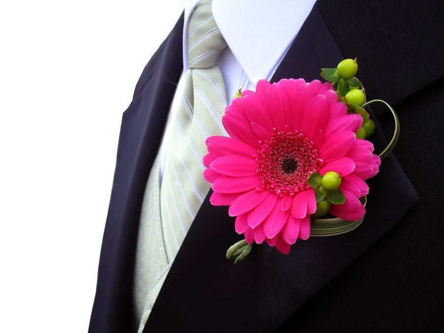 Make Your Own Boutonnieres PDF Tutorial