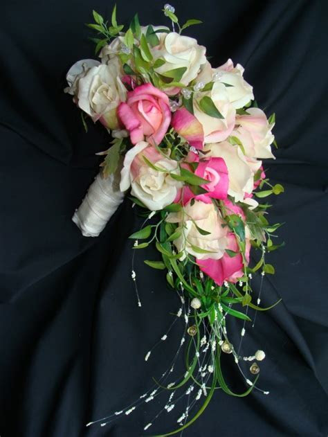 Make Your Own Bridal Flowers & Wedding Bouquets   Holidappy