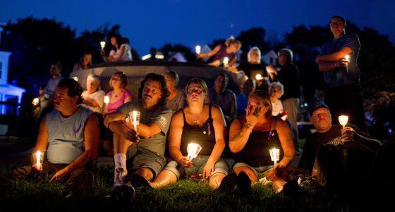 Vigilia por los muertos de sobredosis en EE UU