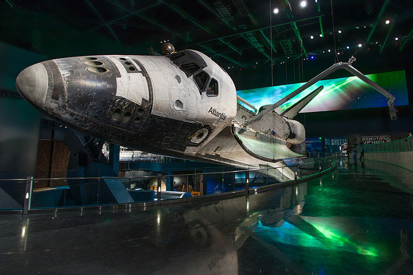 atlantis shuttle experience simulates outer space for NASA