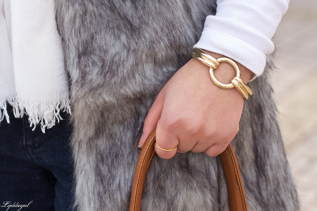 long fur vest-4.jpg