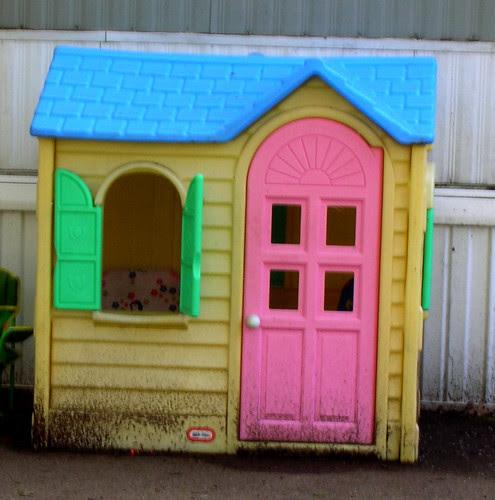 Play-Doh buttsex playhouse