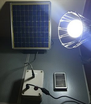 Gerador solar criado com baterias de celulares velhos