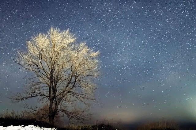 Hình ảnh Ngắm Vua của mưa sao băng Geminid rực rỡ nhất năm 2015 số 1