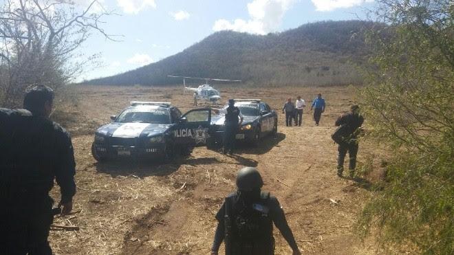 Comando armado Ataca a Policía Militar en Guamuchil