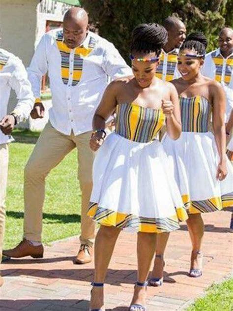Princess Sweetheart Knee Length Satin Traditional Wedding