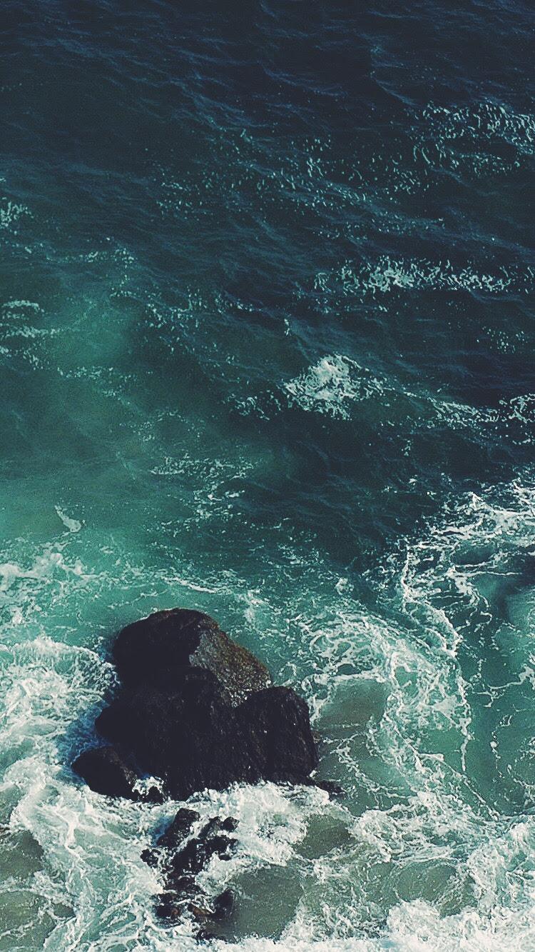 Ocean-Rock-iPhone-Wallpaper - iPhone Wallpapers