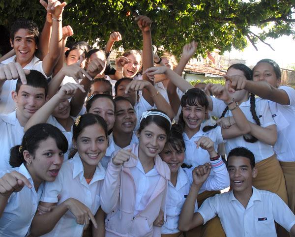http://eladversariocubano.files.wordpress.com/2013/05/11457-fotografia-g.jpg