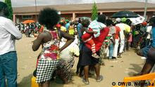Angola Luanda Impfkampagne Gelbfieber (DW/B. Ndomba)