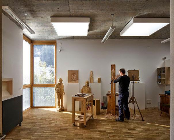 esculturas-madera-realistas-peter-demetz (13)