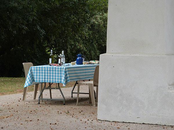 table de pique nique à Saint Cassien