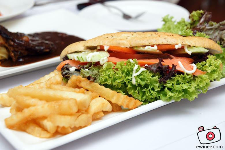FullHouse-FullHouse-Sunway-Salmon-sandwich