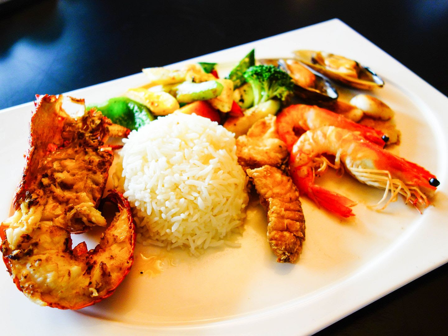 photo seafoodplatter.jpg