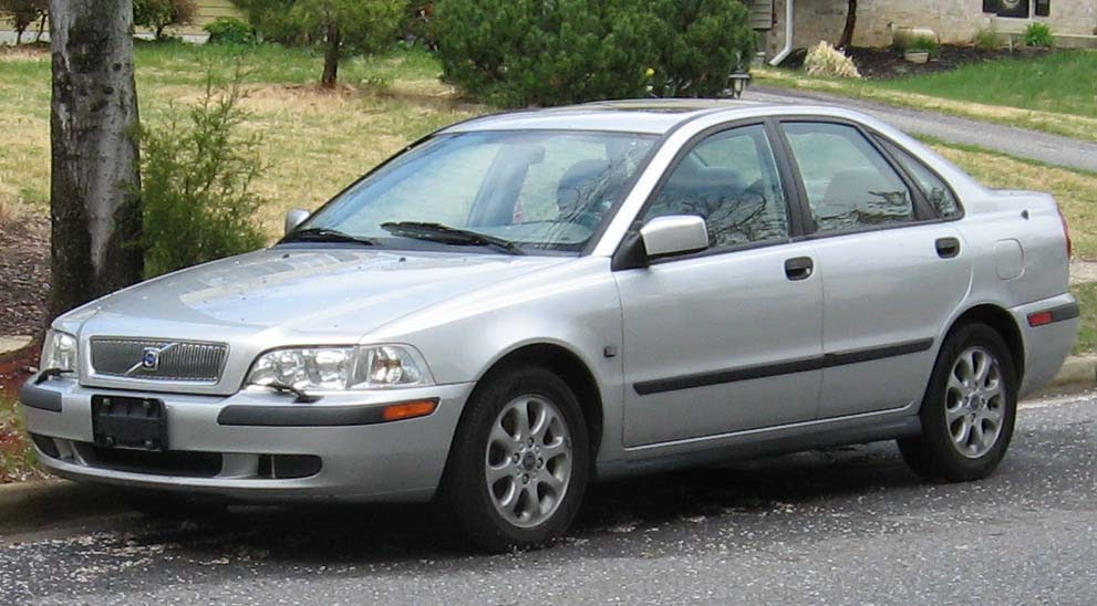 Auto Cariel: 2011 Volvo S40 cars wallpapers