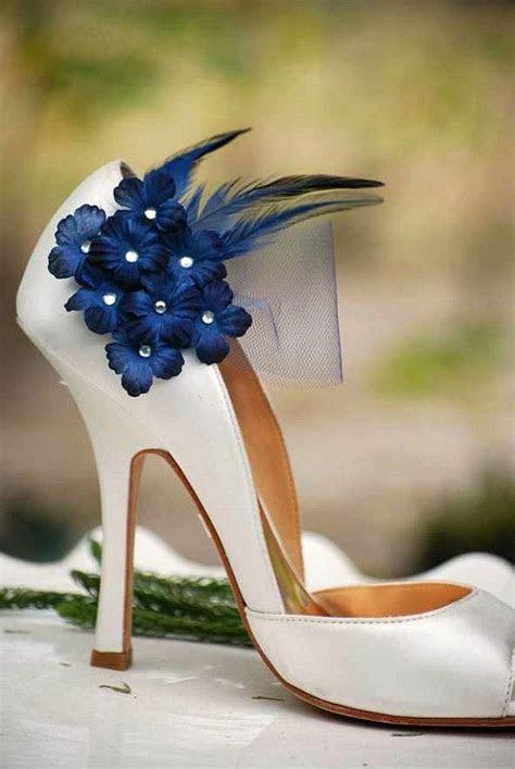 25  best ideas about Midnight blue weddings on Pinterest