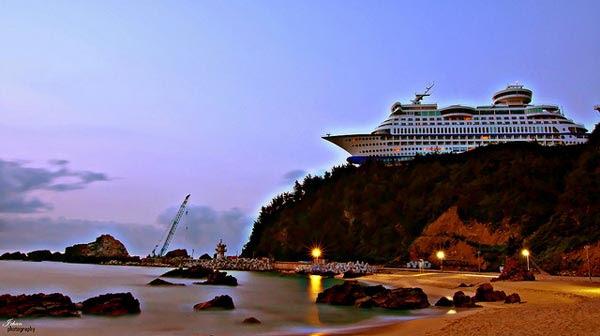 perierga.gr - Ξενοδοχείο-καράβι στο βουνό!