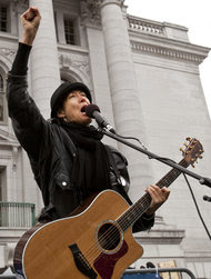 Michelle Shocked performing in Madison, Wisc., in 2011.