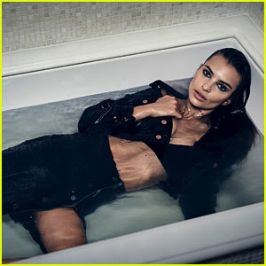 Emily Ratajkowski Takes a Bath in DL1961 Campaign