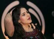 Zarine Khan Cute Pics