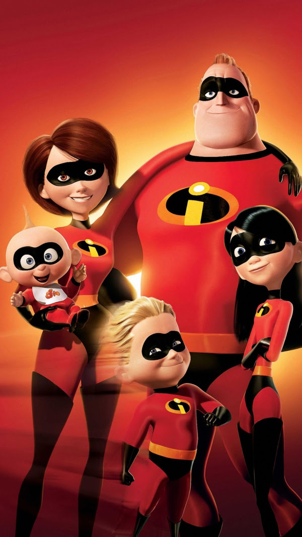 Pictured left to right: Violet, Mr. Incredible, Dash, Elastigirl and Jack Jack from THE INCREDIBLES. Permission is hereby granted to magazines and newspapers to reproduce this picture on condition that it is accompanied by ©WALT DISNEY PICTURES/PIXAR ANIMATION STUDIOS. ALL RIGHTS RESERVED. Distributed by Buena Vista International. FOR PRINT OUTLETS ONLY. NOT FOR INTERNET USE.