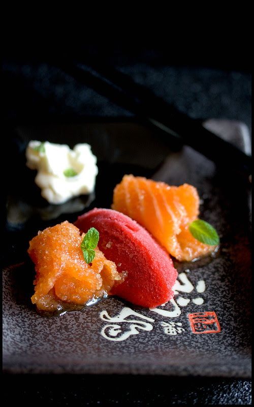 Gezuckerter Lachs mit Rote Bete Sorbet und Yuzu-Schaum//Sugared Salmon with Beet Sorbet and Yuzu Foam (Japanese dessert)