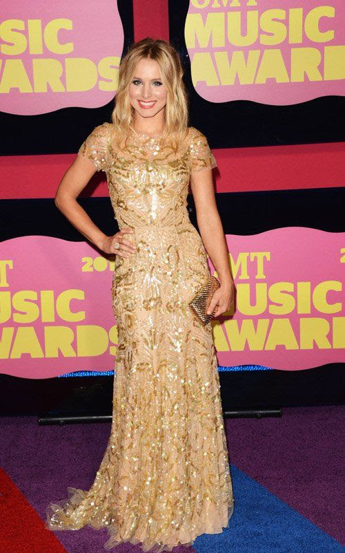 2012 CMT Awards in Nashville, TN - June 6, 2012, Kristen Bell