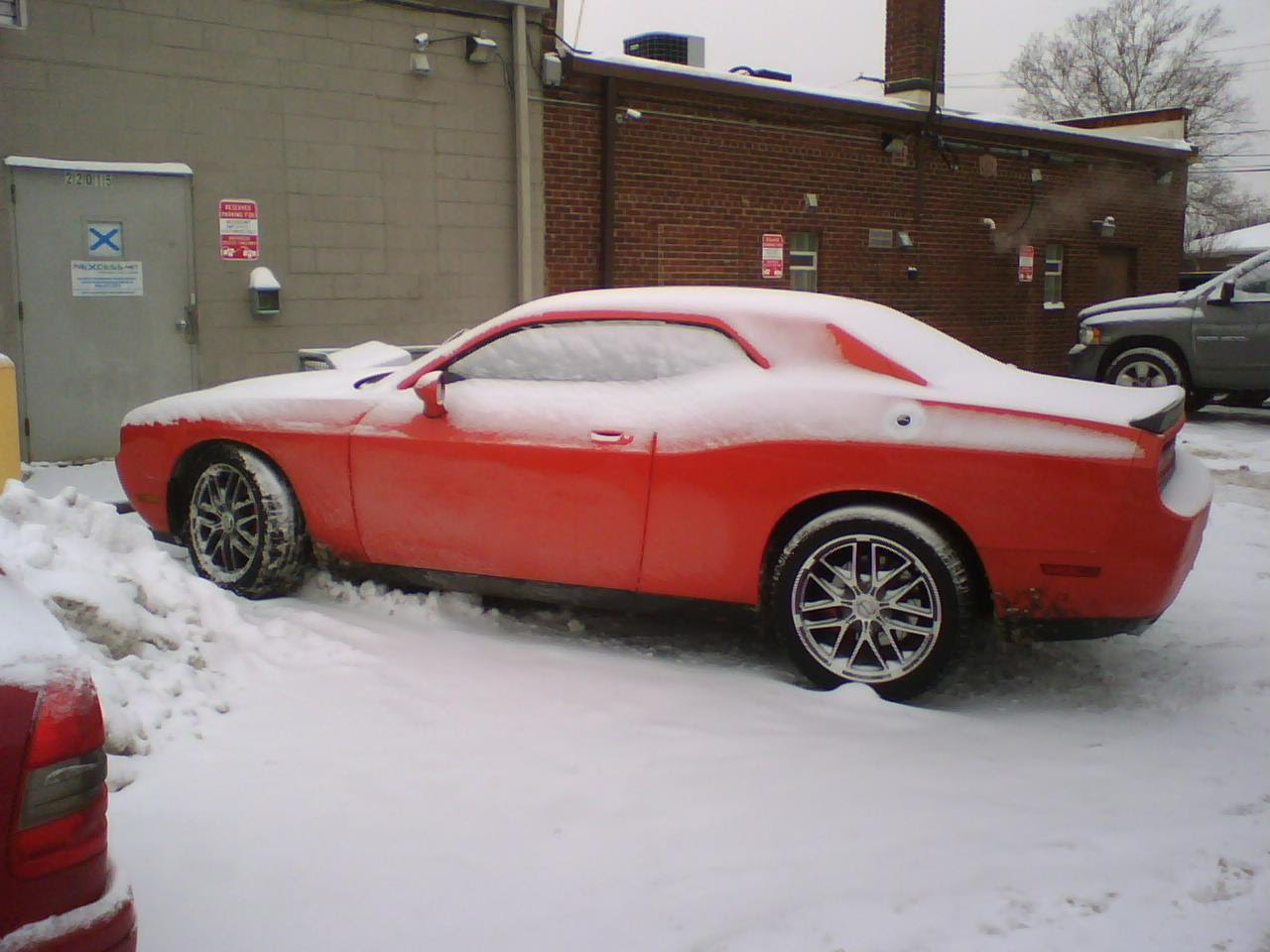 Dodge Challenger Image Dodge Challenger Review In Snow