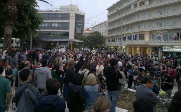http://news247.gr/ellada/eidiseis/aganaktismemoi-ellada/article1129991.ece/ALTERNATES/w620/aganaktismenoi-Xania.jpg