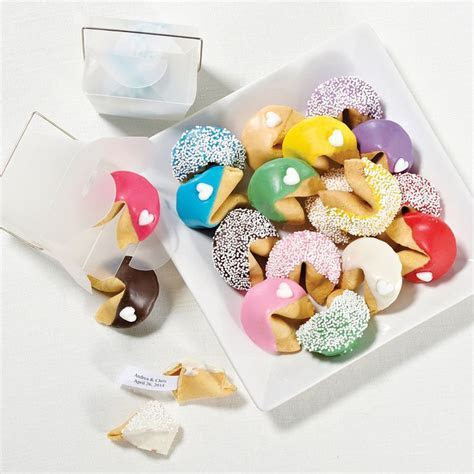 Best 25  Cookie wedding favors ideas on Pinterest