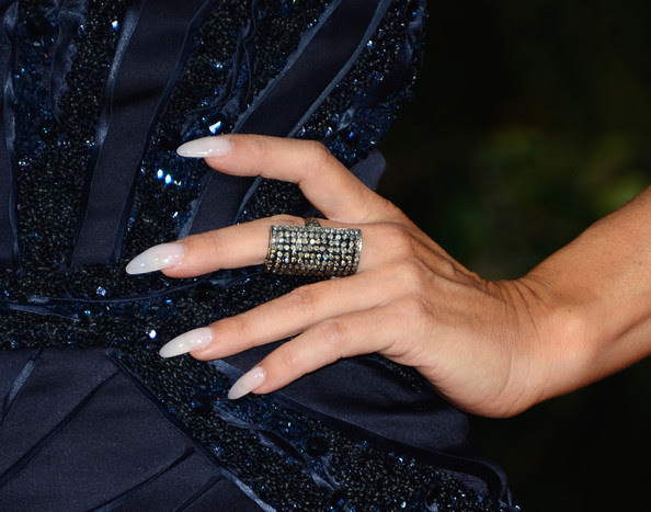 Actress Carmen Electra (ring detail) arrives at the 19th Annual Screen Actors Guild Awards held at The Shrine Auditorium on January 27, 2013 in Los Angeles, California.