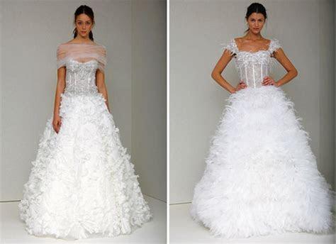 Carrie underwood wedding dresses