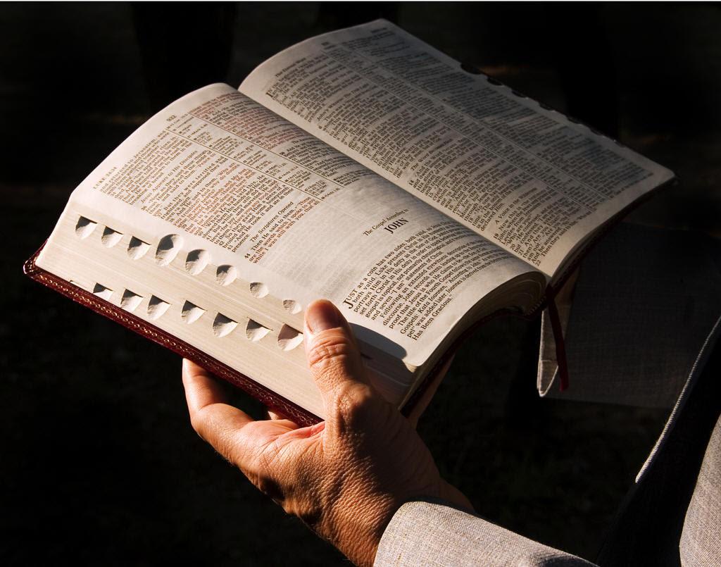 Estudos Bíblicos -Jesus abre o coração do seu discurso sobre a verdadeira justiça