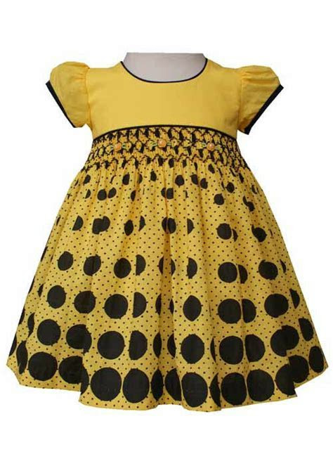 New Beautiful Girls Hand Smocked Bumblebee Dress Boutique