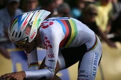 Fabien Cancellara wins the Tour de France prologue in London