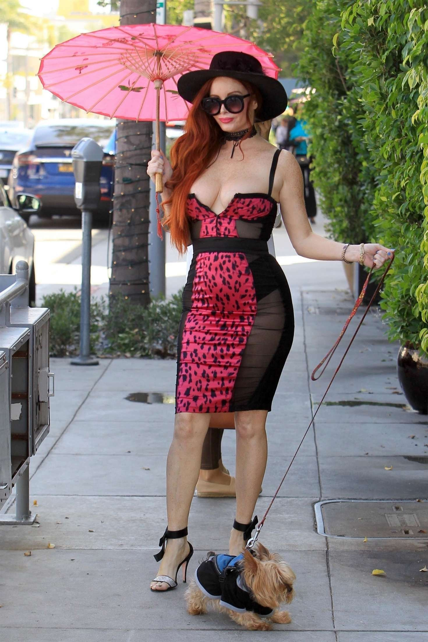 Phoebe Price – Celebrating her birthday in Beverly Hills