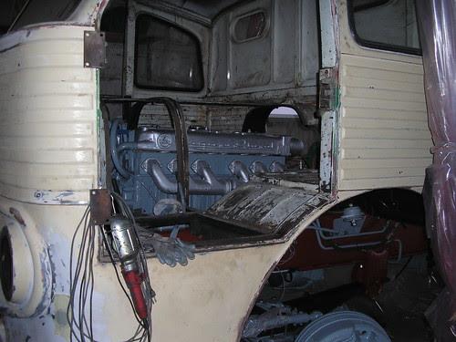 Motor d'un Pegaso 1061 en restauració
