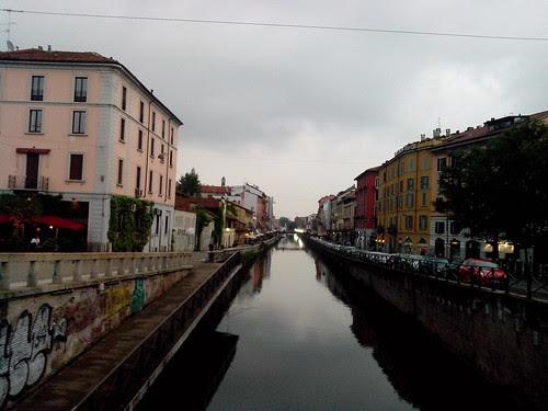 Naviglio Grande prima della pioggia by Ylbert Durishti