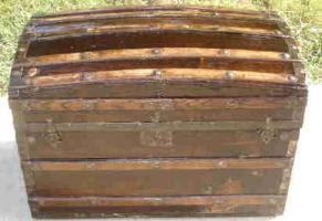 Antique Barrel Stave Trunk Original Oak Handles Circa 1876 For Sale
