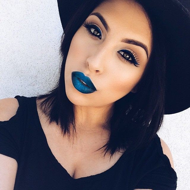 Makeup with blue lipstick