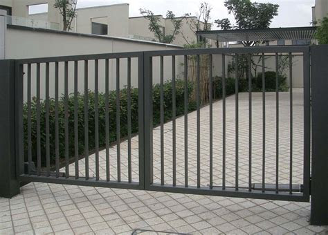 simple gate design  small house beachn fence gate