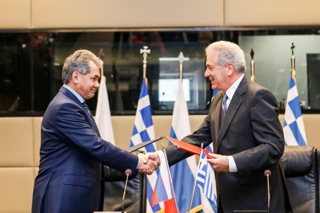 Αυτή είναι η αμυντική συμφωνία που υπογράψαμε με την Ελλάδα - Τι λένε οι Ρώσοι