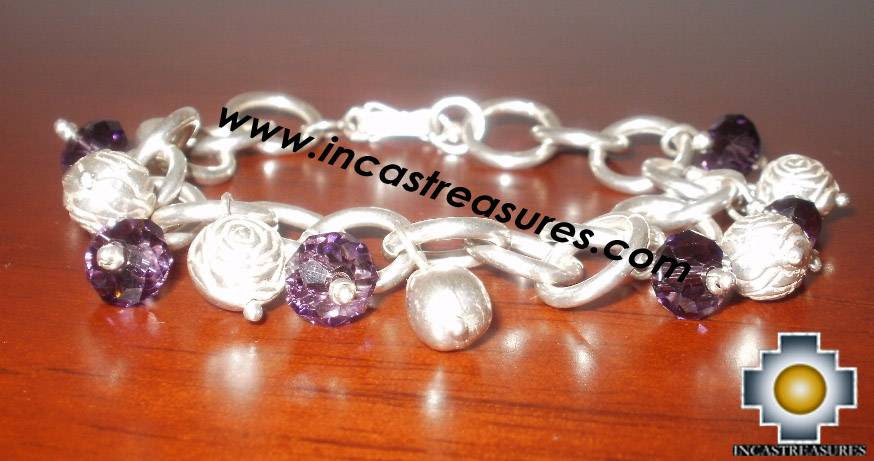 http://www.incastreasures.com/products-pics/silver-jewelry/pics/jewelry-950-silver-bracelet-roses-garden/jewelry-950-silver-bracelet-roses-garden.jpg