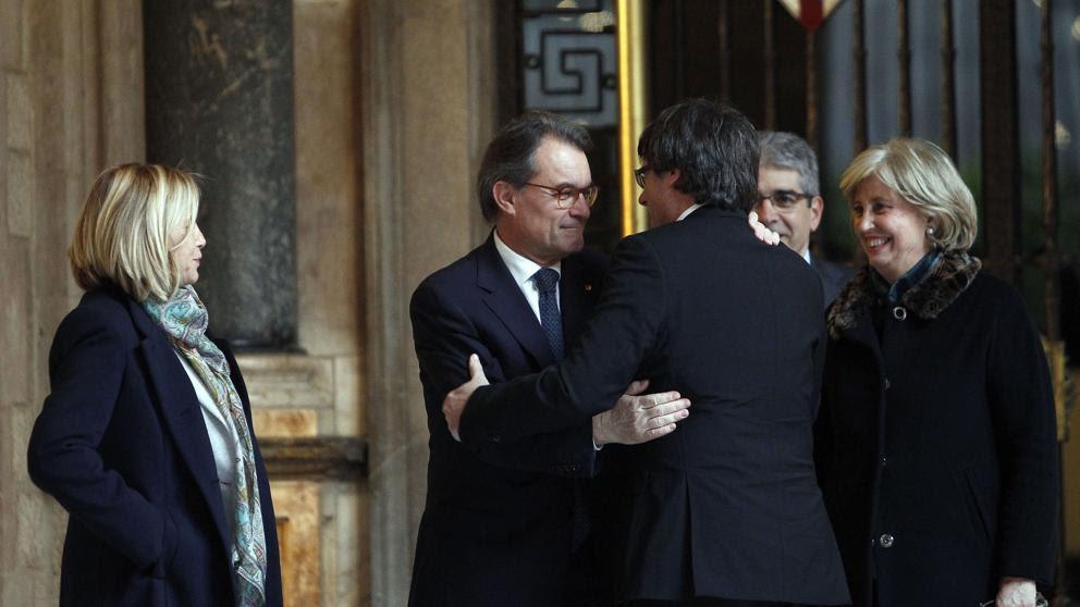 """Puigdemont: """"El Gobierno está a tiempo de rectificar y entender que debe dialogar en una mesa política"""""""